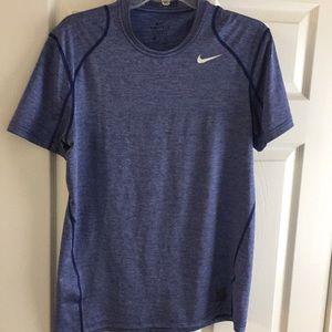 Nike Ro Dri-Fit shirt size M men's